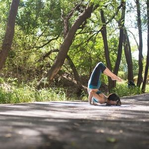 Alo Yoga | Capri Cropped Leggings | M